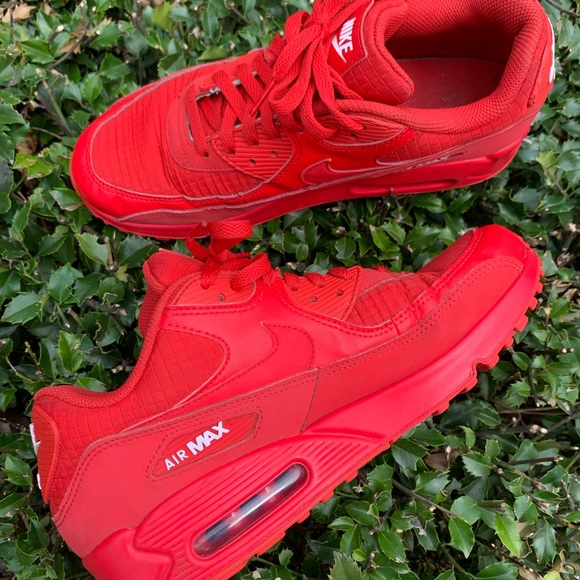 NIKE Triple Red Air Max 90 Men's Size 9